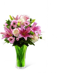 The FTD Classic Beauty Bouquet from Kircher's Flowers in Defiance and Paulding, OH